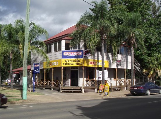 Queensland National Hotel - Accommodation Batemans Bay