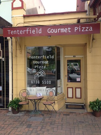 Tenterfield Gourmet Pizza - Accommodation Batemans Bay