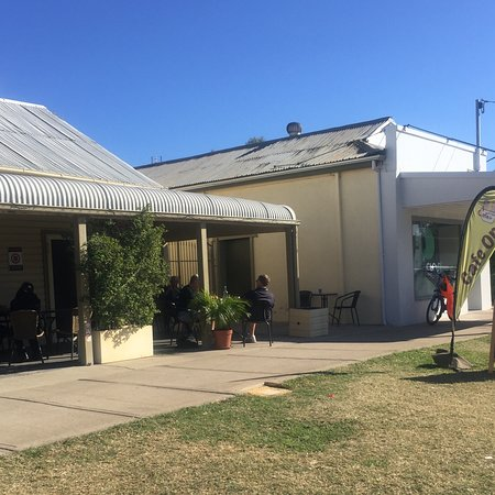Relaxing Cafe - Accommodation Batemans Bay