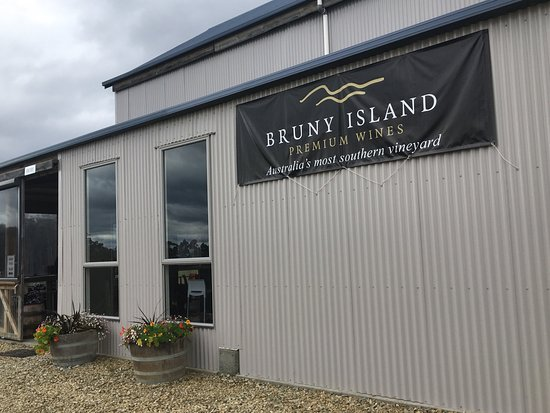Bruny Island Wines Grill - Accommodation Batemans Bay