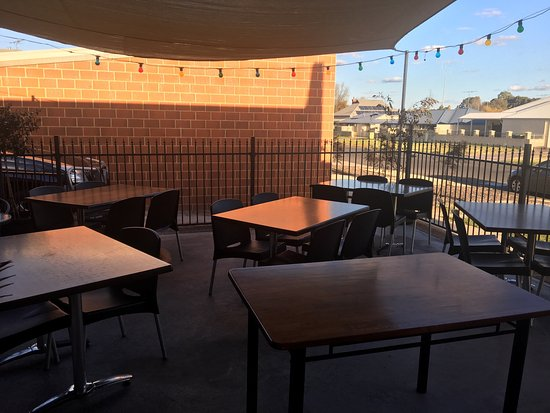 JAX Corner Deli and Diner - Accommodation Batemans Bay