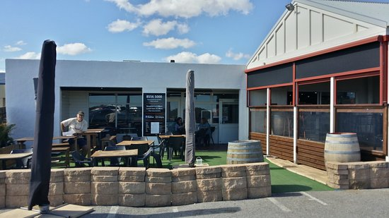Breeze Cafe  Bar - Accommodation Batemans Bay