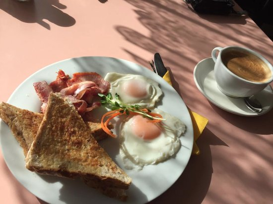 Travellers Rest Cafe - Accommodation Batemans Bay