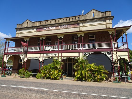 Railway Hotel Pub - Accommodation Batemans Bay
