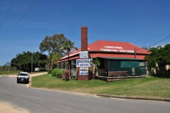 The Royal Hotel and Caravan Park Rosedale - Accommodation Batemans Bay