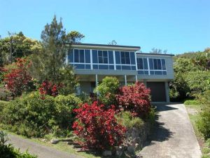 Bally High 20 Dulconghi Street - Accommodation Batemans Bay