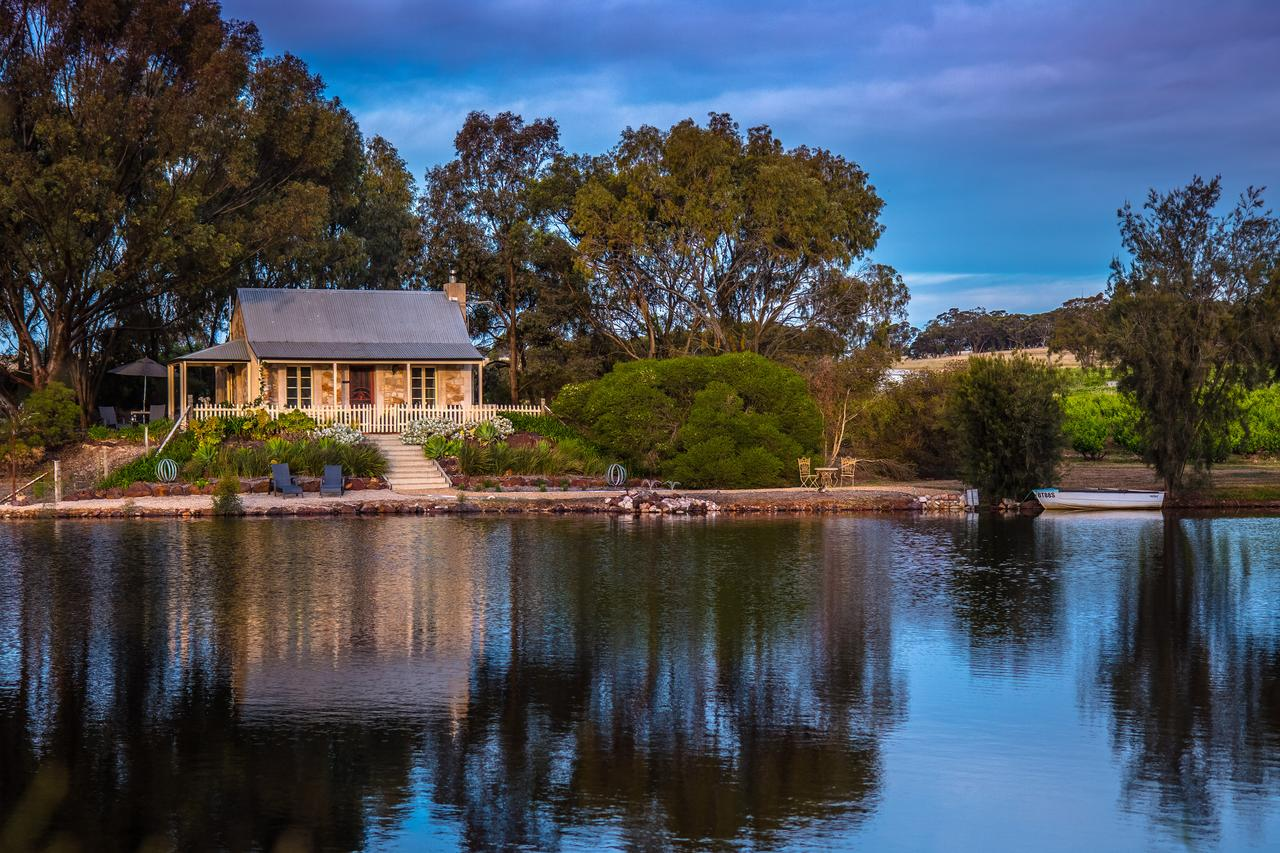 Stonewell Cottages and Vineyards - Accommodation Batemans Bay