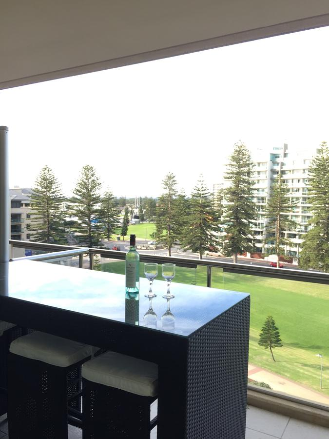 Beachside Luxury getaway in Glenelg - Accommodation Batemans Bay