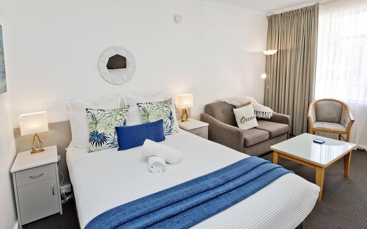 Glenelg Oasis Studios - Accommodation Batemans Bay