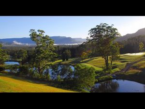 SkyView Villa - Accommodation Batemans Bay