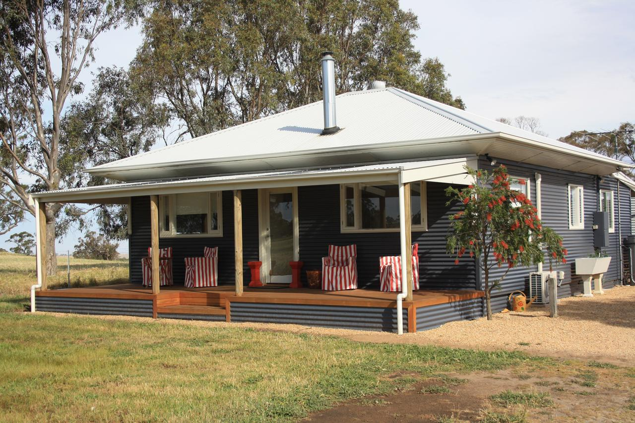 Rabbiters Hut - Accommodation Batemans Bay