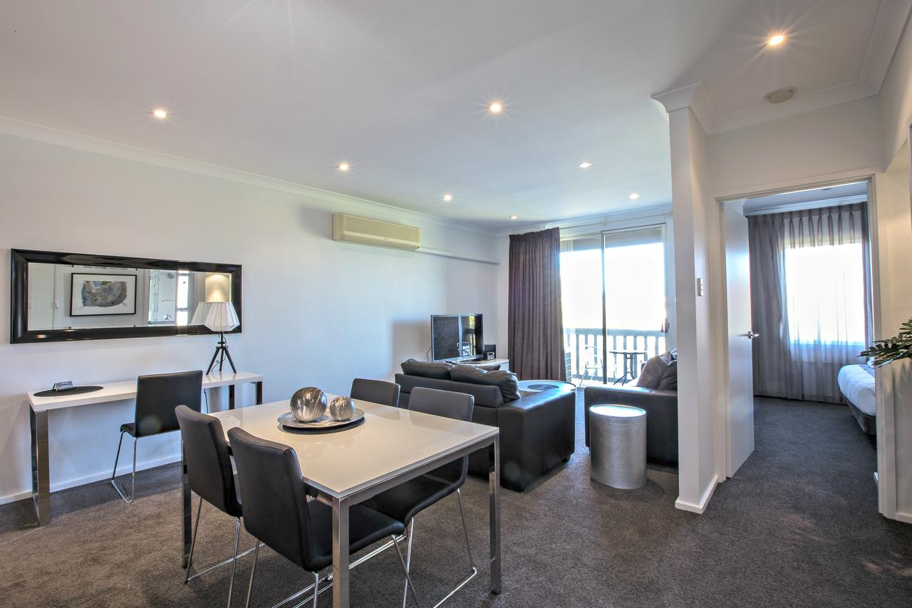 Adelaide DressCircle Apartments - Archer Street - Accommodation Batemans Bay