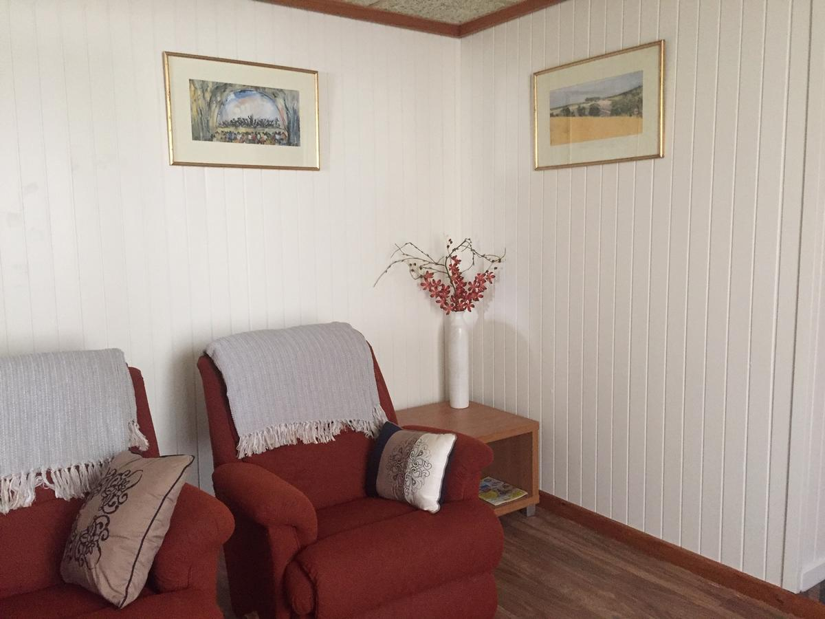 Kingscote Central - Accommodation Batemans Bay