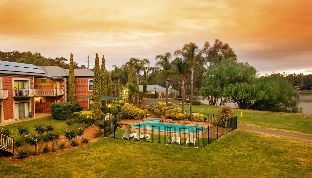 Clare Country Club - Accommodation Batemans Bay