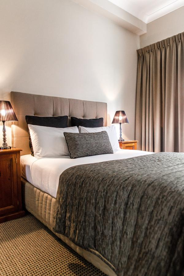 The Belmore All-Suite Hotel - Accommodation Batemans Bay