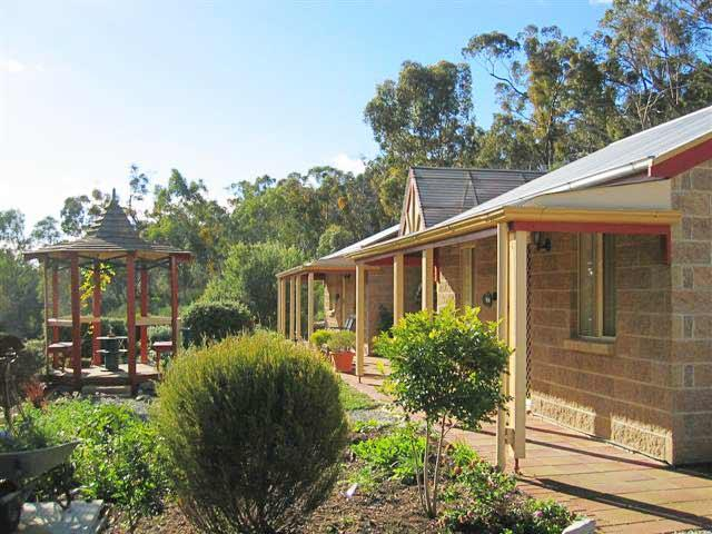 Riesling Trail  Clare Valley Cottages - Accommodation Batemans Bay