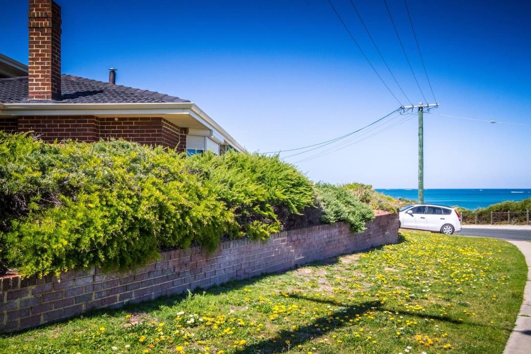 Yanchep Beach Retreat - Accommodation Batemans Bay