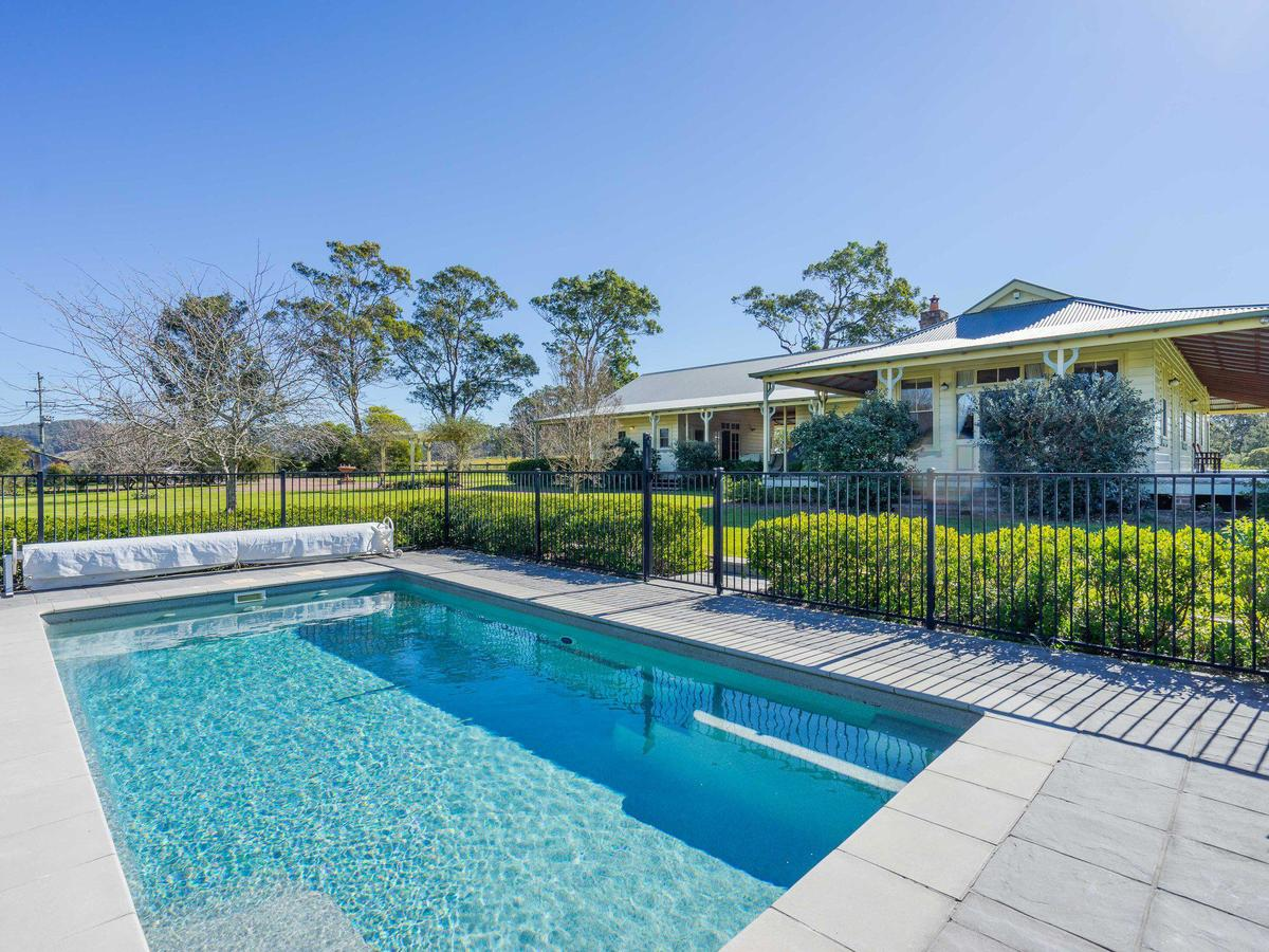 Roscrea Homestead - Luxury Retreat - Accommodation Batemans Bay