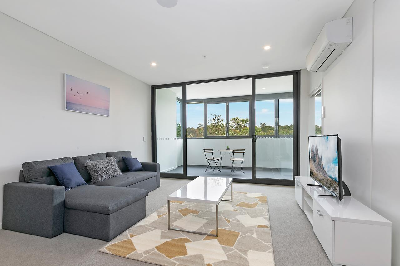 Stylish and Neat two bed apartment in Wentworth Point - Accommodation Batemans Bay