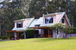 Bawley Bush Retreat and Cottages - Accommodation Batemans Bay