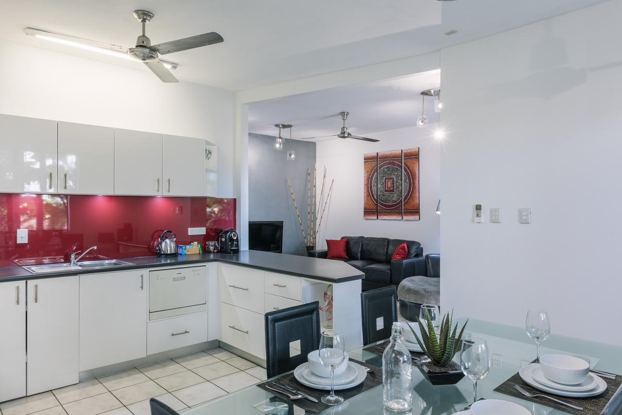 CitySide Apartment - 2 Bedroom with Private Courtyard - Accommodation Batemans Bay