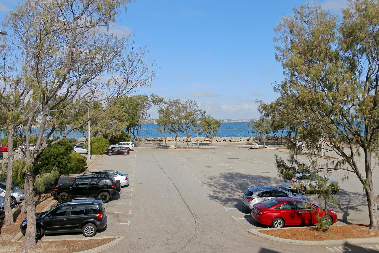 Hillarys Marina Apartment - Accommodation Batemans Bay