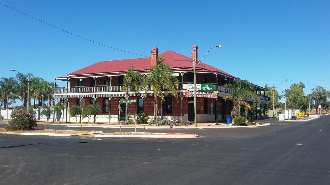 The Palace Hotel - Accommodation Batemans Bay