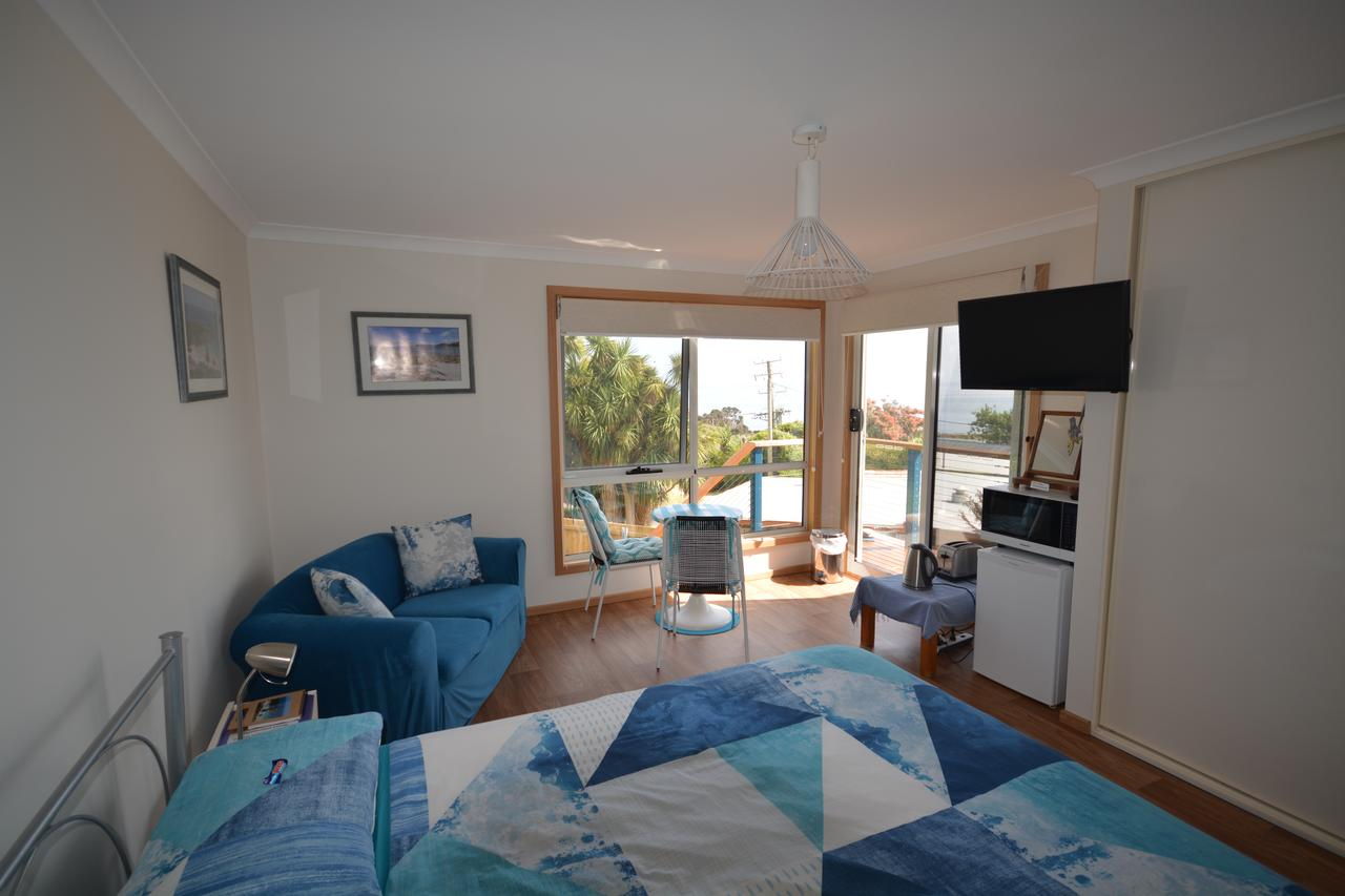 Seascape Beach House - Accommodation Batemans Bay