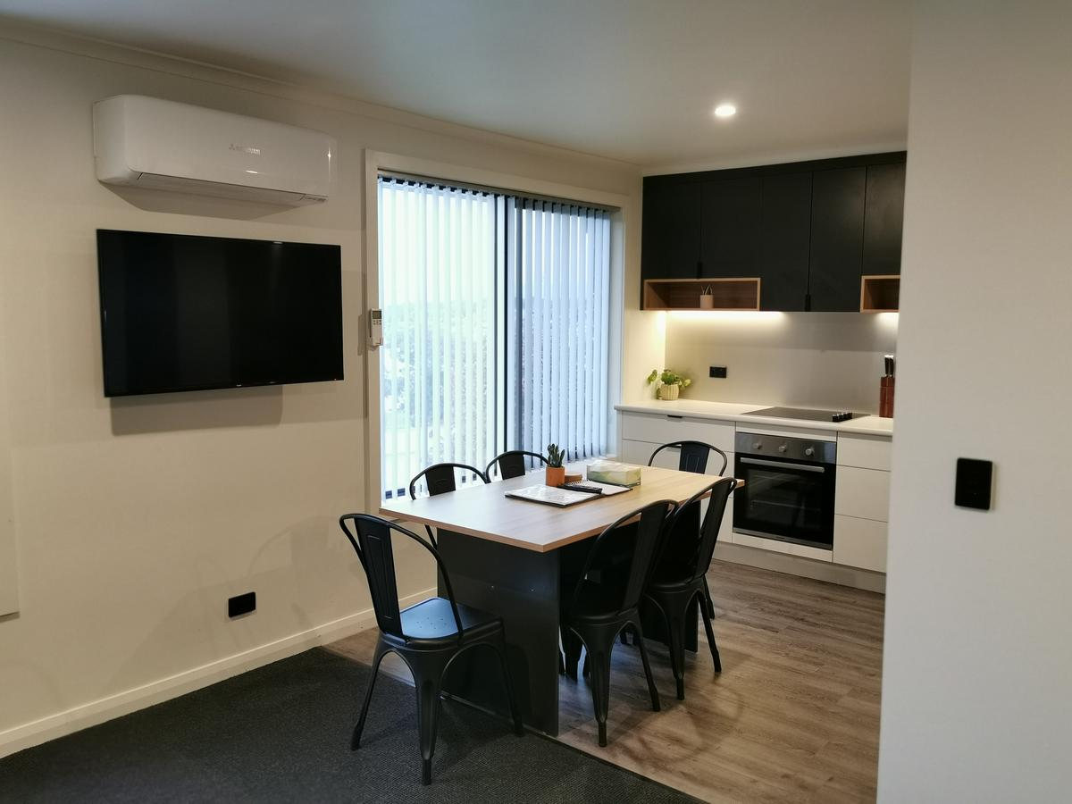 Youngtown Executive Apartments - Accommodation Batemans Bay