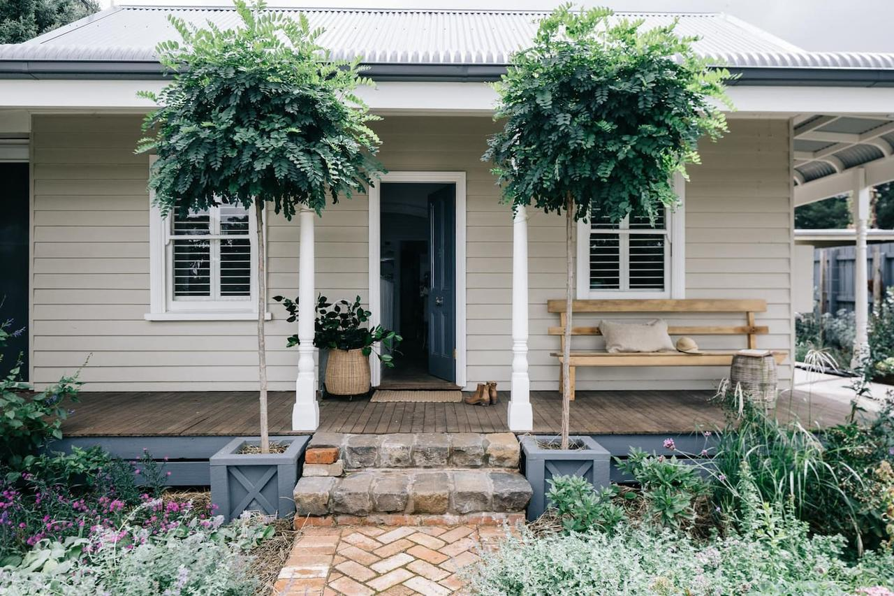 Acre of Roses - Accommodation Batemans Bay