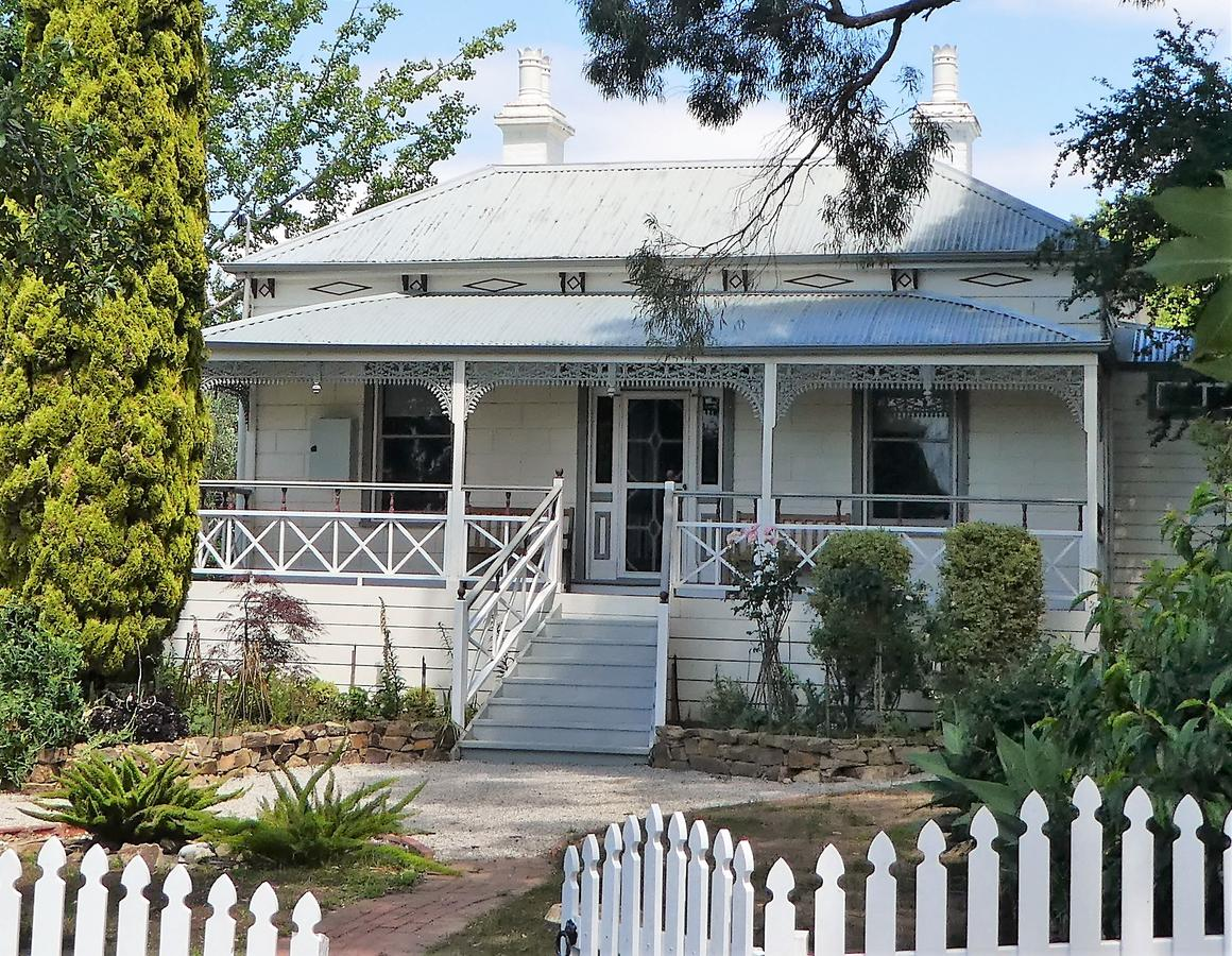 Fairbank House - Accommodation Batemans Bay