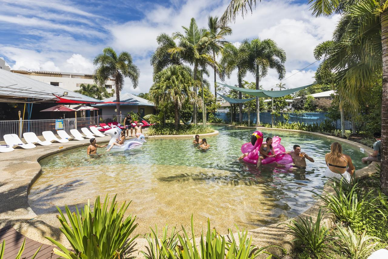 Summer House Backpackers Cairns - Accommodation Batemans Bay