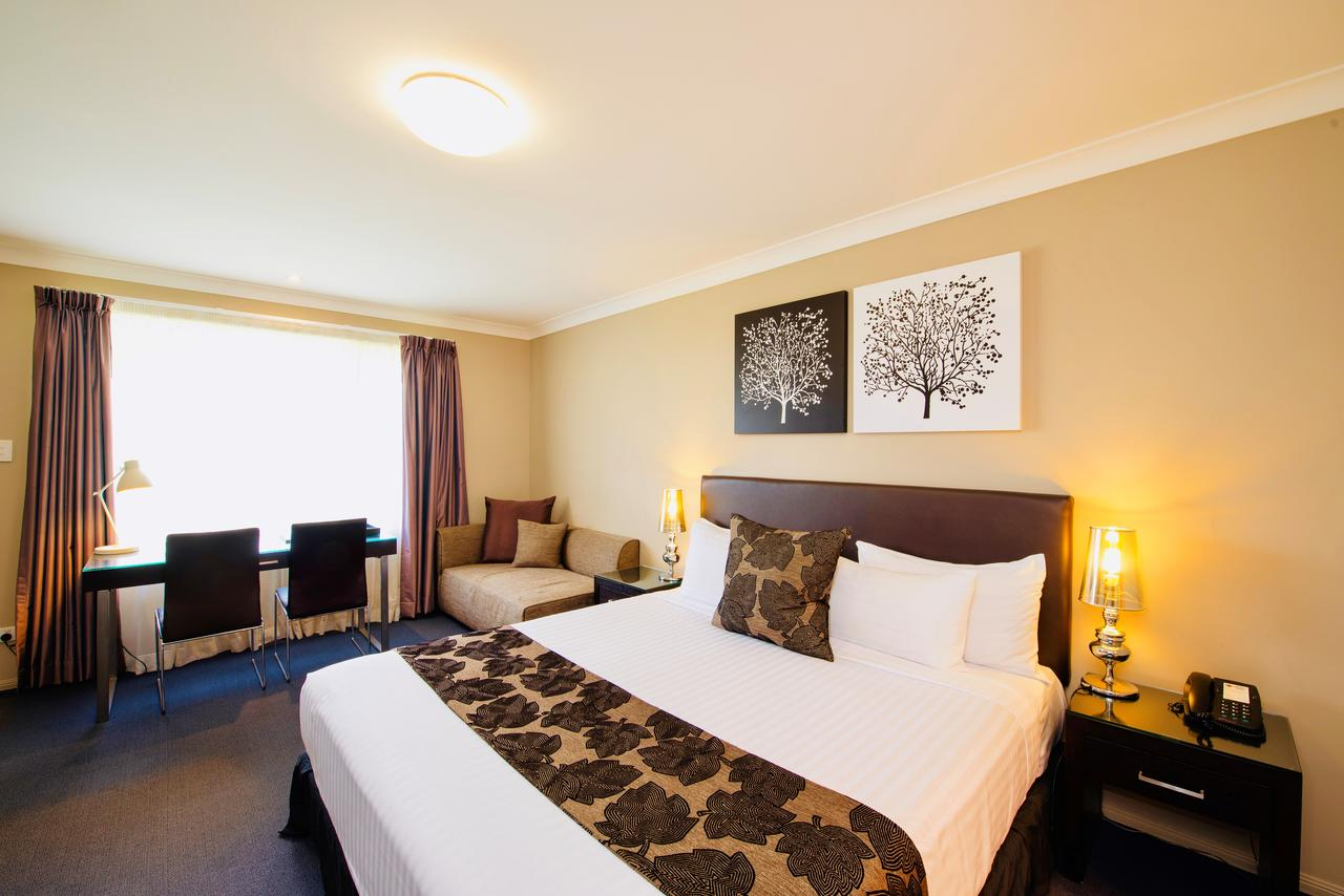 Best Western Plus Ambassador On Ruthven Motor Inn - Accommodation Batemans Bay