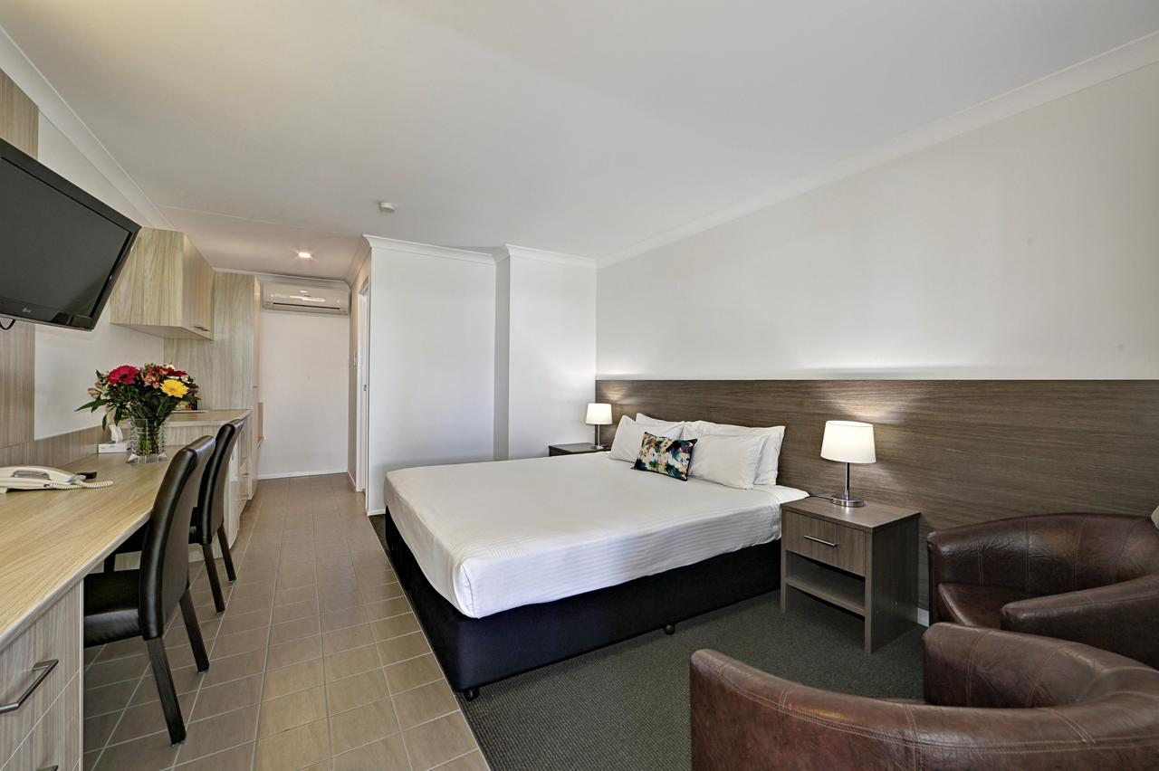 Smart Motels Bert Hinkler - Accommodation Batemans Bay